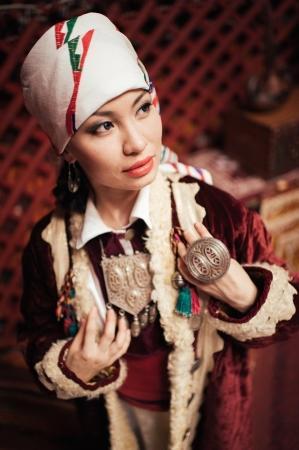 В Актау прошел показ коллекции казахской национальной одежды