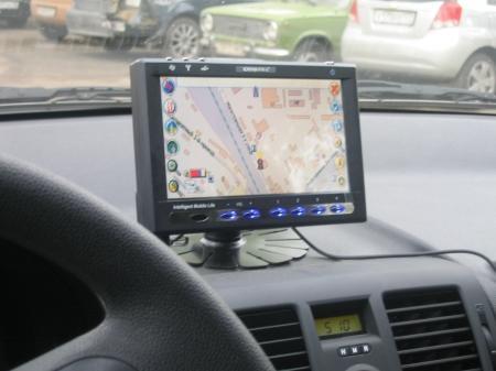 Полицейские рекомендуют водителям GPS-навигаторы в качестве противоугонного средства