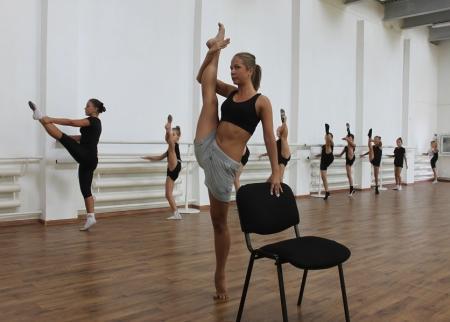 Чемпионка России будет обучать актауских детей эстетической гимнастике