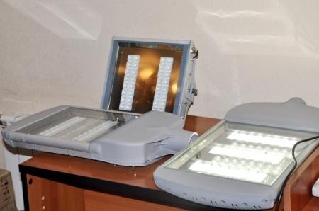Акимат Актау планирует освещать город энергосберегающими лампами