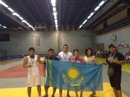 Актауские спортсмены привезли шесть медалей с чемпионата мира по панкратиону