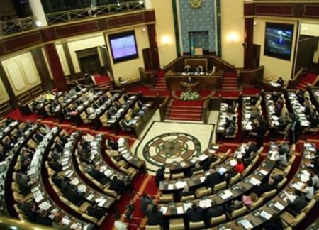 Казахстан возмется за молодежную политику