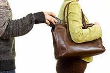Полиция Актау предупреждает: В городе орудуют карманники и мошенники