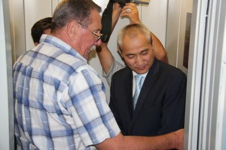 В Актау в жилом доме запущен в эксплуатацию новый лифт