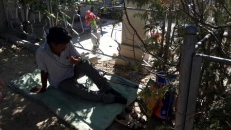 В Актау медики не нашли причин для госпитализации неходячего мужчины