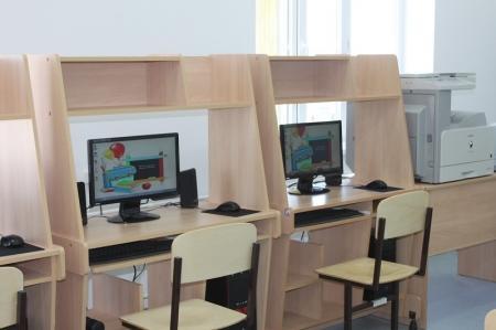 Динара Жумашева: В Мангистауской области выделено 250 миллионов тенге на приобретение новых компьютеров в школы