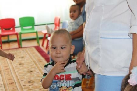 В Актау сотрудники ювенального суда навестили воспитанников Дома малютки