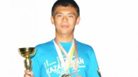17-летний казахстанец стал семикратным чемпионом мира по шашкам