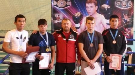 Актауские боксеры завоевали 11 медалей на республиканском турнире в Актобе