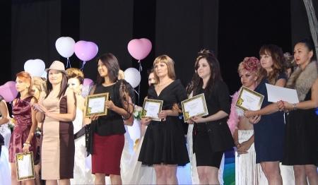 В Актау прошел первый областной конкурс парикмахеров и визажистов