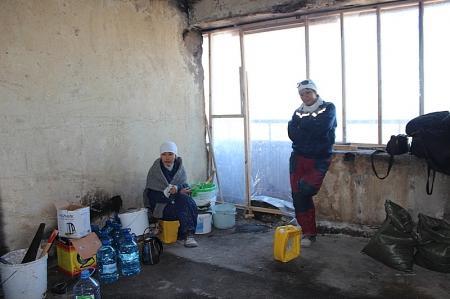 В Актау погорельцы 4 микрорайона до сих пор ждут начала ремонтных работ