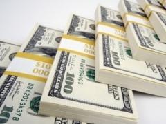 В ожидании девальвации казахстанцы переключились на иностранную валюту
