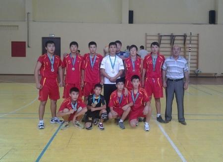 Мангистауские школьники заняли первое и третье место в школьной лиге по волейболу в Алматы