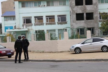 Взрывного устройства в  актауском колледже пока не обнаружили