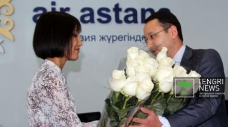 """Ботабаев извинился перед сотрудницей """"Эйр Астаны"""""""