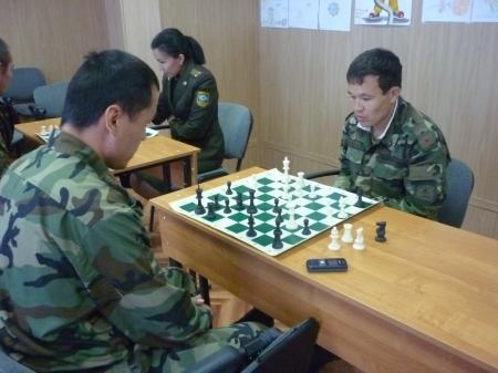 Мангистауские пожарные провели шахматный турнир в честь 18-летия образования служб МЧС