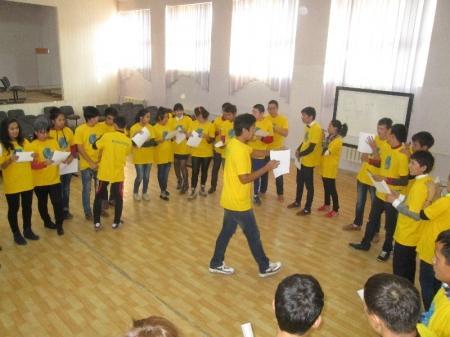 Актауским студентам рассказали про волонтерское движение