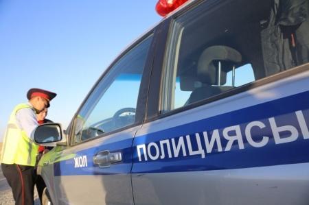 На автотрассе Актау-Жанаозен задержан пьяный водитель-лихач