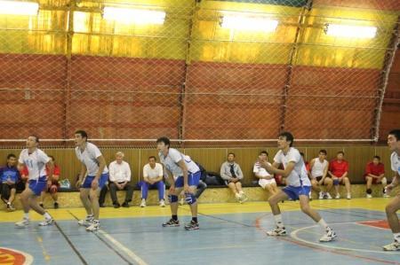 В Актау стартовал открытый турнир по волейболу памяти известного тренера Валентина Яхьяева