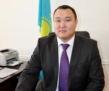 Аким Актау Едил Жанбыршин ушел в отпуск