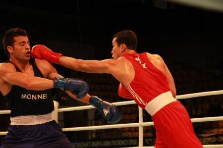 Адильбек Ниязымбетов прошел в полуфинал чемпионата мира