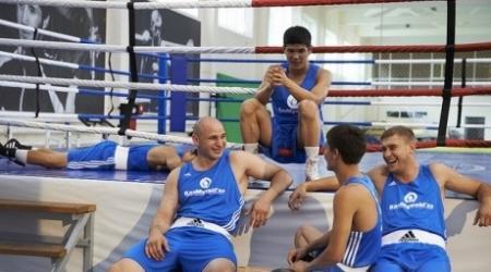 Чемпионат мира по боксу в Алматы: Шесть казахстанцев пробились в финал