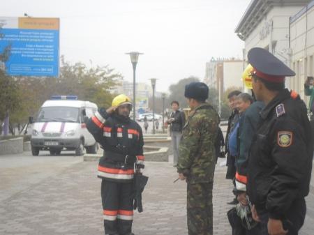 Пожарные Мангистау провели учения в торговом центре «Ардагер»