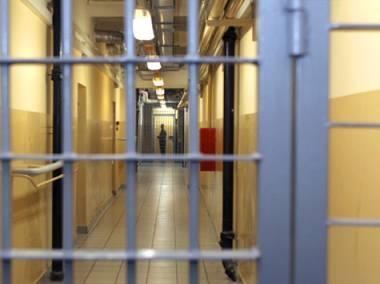 Полиция задержала 18-летнего жителя Актау за кражу автоаккумуляторов
