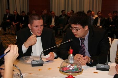 Сборная Казахстана победила в элитарной игре клуба «Что? Где? Когда?» в Актау