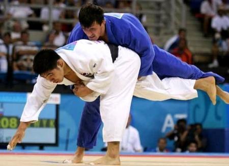 Магистауский спортсмен завоевал серебряную медаль на IV международном турнире дзюдо в Бишкеке