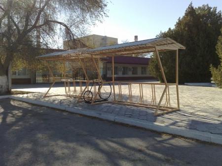 На МАЭКе поставили велосипедную парковку