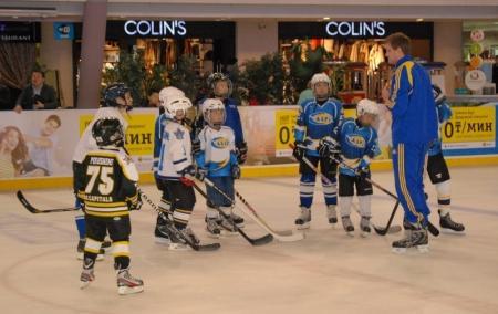 У актауской детской команде по хоккею появился новый тренер