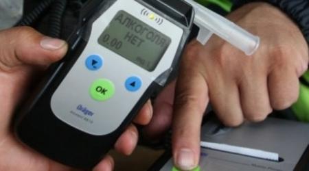 Мобильные алкотестеры начнут применять полицейские в Казахстане