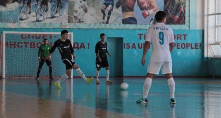 В Жанаозене прошел второй тур чемпионата республики по футзалу