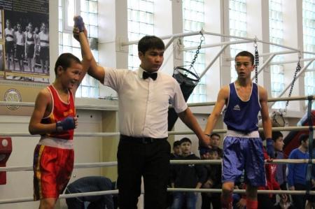 Команда Актау заняла первое общекомандное место в областном турнире по боксу