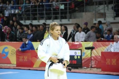 Актауская дзюдоистка Олеся Куценко стала двукратной чемпионкой РК