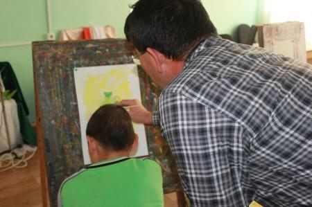 Воспитанники Мангистауского детского дома и детской деревни приняли участие в акции «Художники детям»