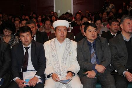 На базе Каспийского университета предложили открыть кафедру религиоведения