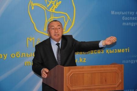Басшы Азирханов рассказал о жизни Бейнеуского района