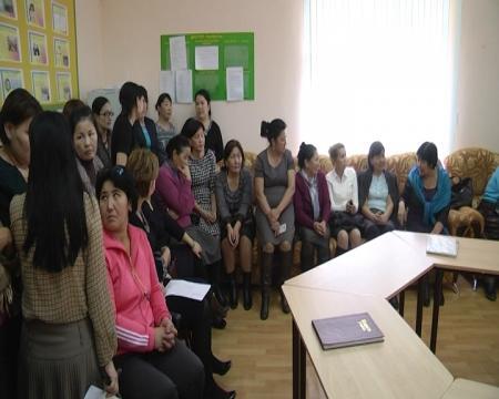 В Актау учителя 28 школы грозятся отменить уроки из-за увольнения директора