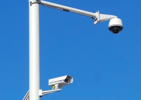 На побережье Актау монтируют системы видеонаблюдения?