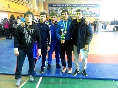 Мангистауские борцы завоевали одну золотую и две бронзовые медали на Кубке Казахстана