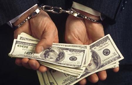 Жительницу Актау обманули на семь тысяч долларов США, обещая земельный участок