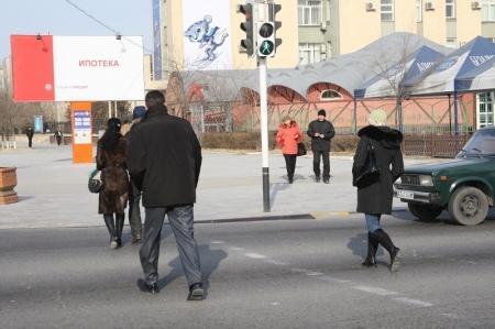 В Актау до конца года обещали заменить четыре старых светофора