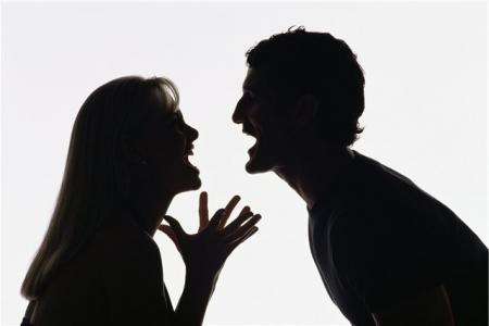 В Мангыстау мужчина вспорол себе живот после ссоры с женой