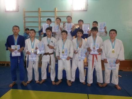 В Умирзаке прошли соревнования по дзюдо