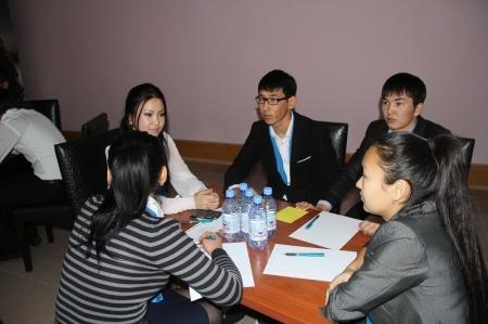 Альянс студентов Актау провел интеллектуальные соревнования среди учебных заведений Жанаозена