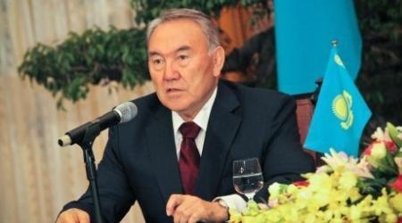 Нурсултан Назарбаев призвал трудиться и прививать эти качества с детства