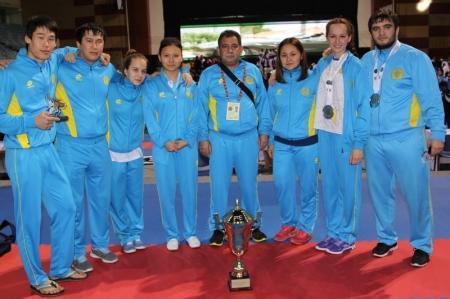 Сборная Мангистауской области по карате-до выступила на чемпионате «Dubai Open – 2013»