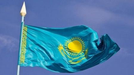 От чего отказался Казахстан? Ядерное оружие, рубль, Вице-президент и пять областей